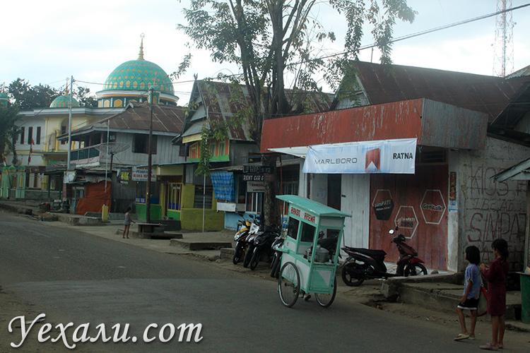 Фото обычных городов Индонезии, Лабуан Баджо