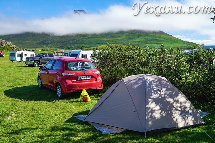 Палатка в кемпинге Исландии