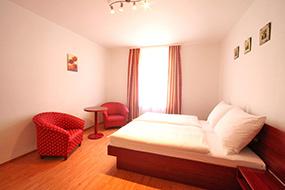 Отели Праги 2, Новый город, район Винограды. Apart Hotel Susa.