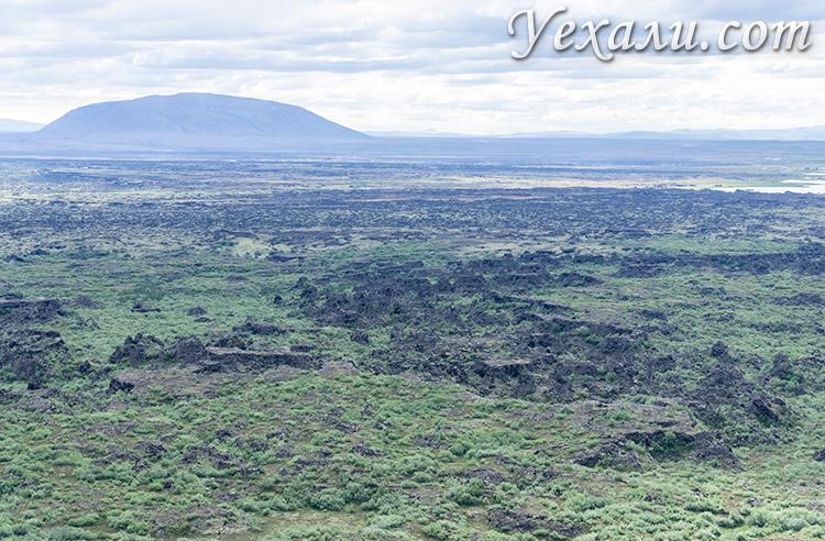 Лавовые поля Димму Боргир, Исландия. Фото с кратера Хверфьядль (Hverfjall).