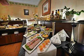 Отели Праги в районе Градчаны. EA Hotel Jeleni Dvur.