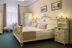 Отели района Жижков в Праге. Hotel Taurus.