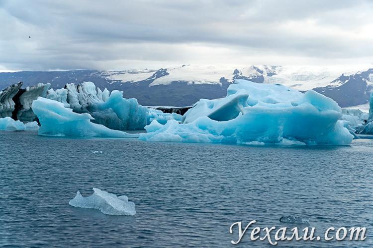 На фото: ледниковая лагуна Йокульсарлон, Исландия.