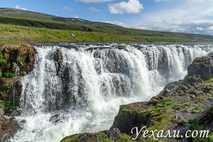 На фото: каньон Колуглюфур, Исландия.