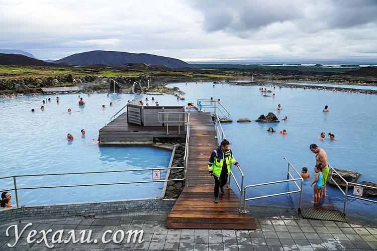 На фото: термальная баня Миватн, Исландия.