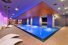 Отели в Праге с бассейном в центре. President Hotel.