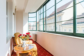 Хорошие недорогие отели в центре Праги. Residence Bologna.