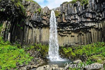 На фото: водопад Свартифосс, Исландия.