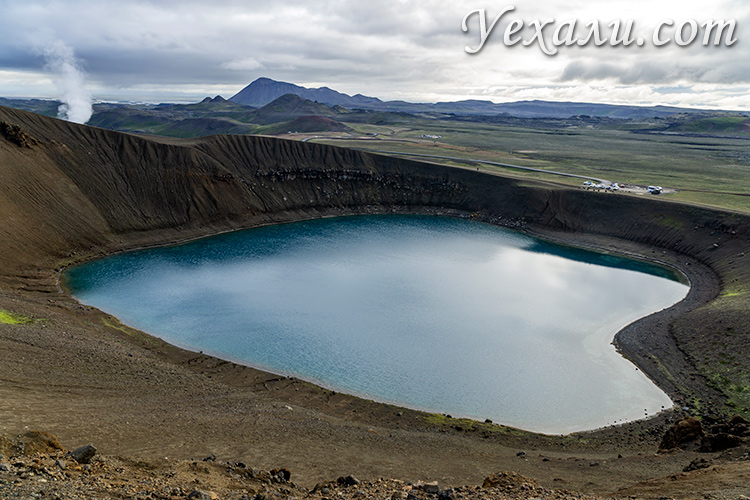 Кратерное озеро Вити, Исландия.