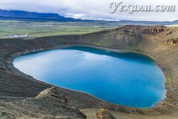 На фото: озеро Вити (вулкан Крафла), Исландия.