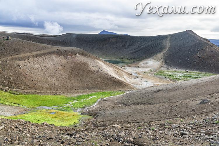 На фото: вулкан Крабла, Исландия.