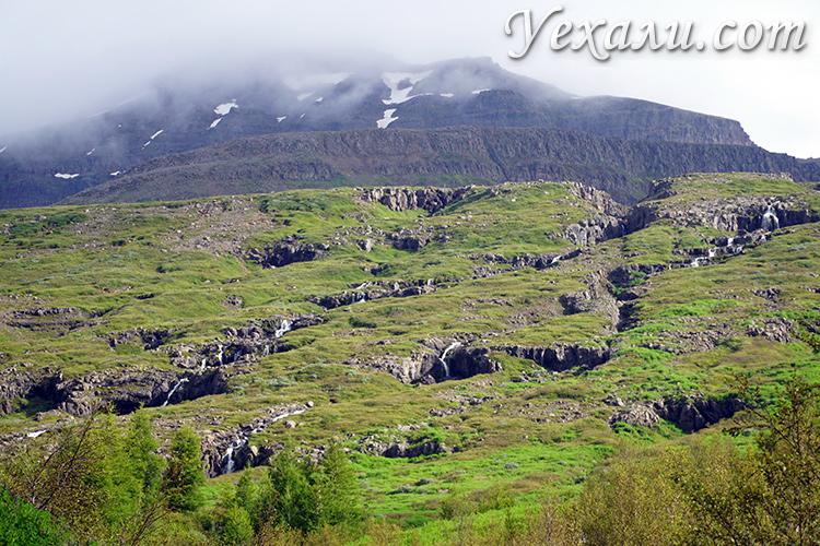 Фото маленьких кемпингов в Исландии