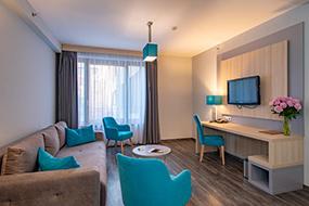 Отели Будапешта рядом с купальнями Вели Бей. Hotel Regnum Residence.
