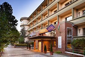 Отели Будапешта рядом с купальнями Сечени. Mamaison Hotel Andrassy.