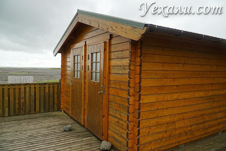 Фото туалетов и душевых в кемпингах Исландии