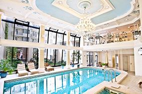 Апартаменты в Будапеште. Queen's Court Hotel & Residence.