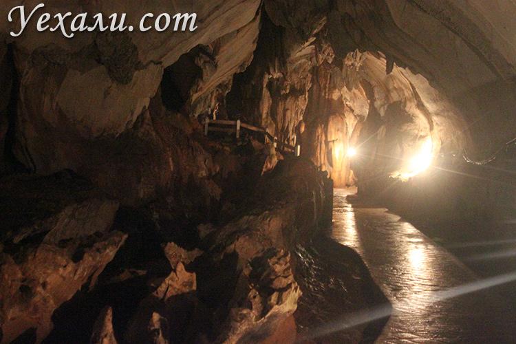 Пещеры в Лаосе, Ванг Вьенг