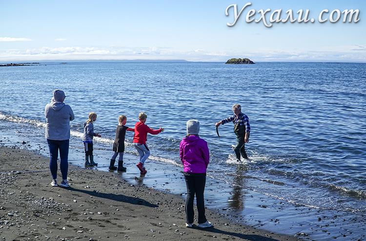 Фото людей Исландии. Рыбалка на Северном Ледовитом океане.
