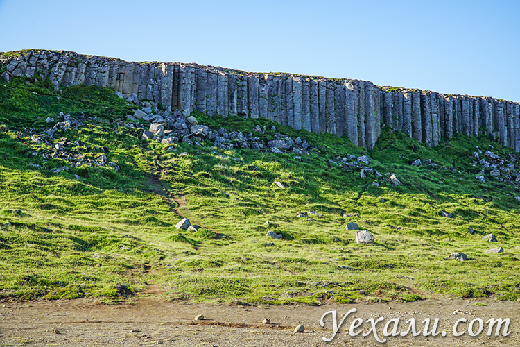 Базальтовые колонны в Исландии Gerðuberg Cliffs.