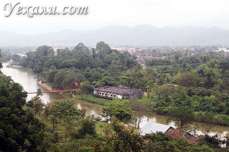 Вид на деревню Ванг Вьенг