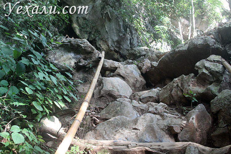 Пещера Поу Кхам в Ванг Вьенге