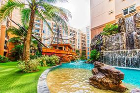 Снять квартиру в Паттайе, Таиланд. Atlantis Condo на Джомтьене.