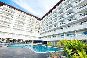 Отели Джомтьена, первая береговая линия. Jomtien Thani.