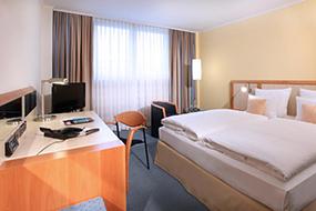 Отели Кельна, Германия. Lindner Hotel Dom Residence.