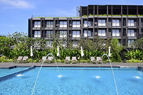 Лучшие отели на Джомтьене, Паттайя, Тайланд. Marine Beach Hotel.