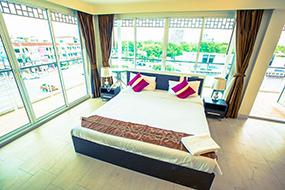 Лучшие отели в районе Джомтьен, Паттайя. The Circle Residence.