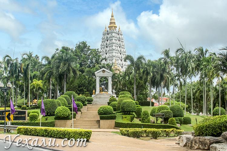 Какие районы паттайи лучше для отдыха? Храм Ват Ян, На Джомтьен.