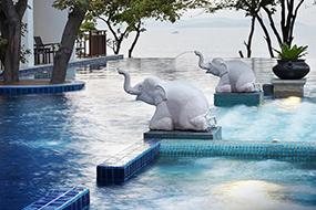 Отели Пратамнака, Паттайя, Таиланд. Cosy Beach.