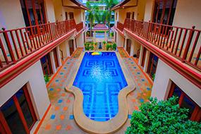 Отели на Пратамнаке, Паттайя, Тайланд. Punyapha Beach Villa.