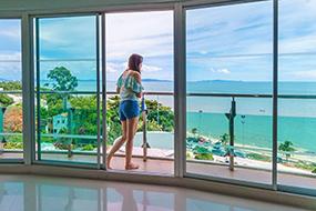 Недорогие отели района Пратамнак. Royal Beach View.