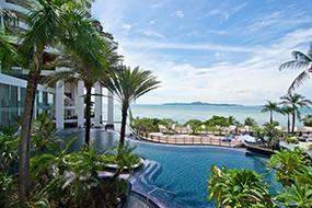 Лучшие отели района Пратамнак. Royal Cliff Grand Hotel.