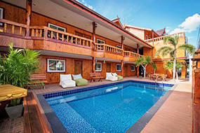 Недорогие отели в центре Паттайи. Viking Resorts.