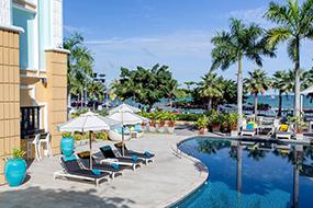 Отели в центре Паттайи 5 звезд. Wave Hotel Pattaya.