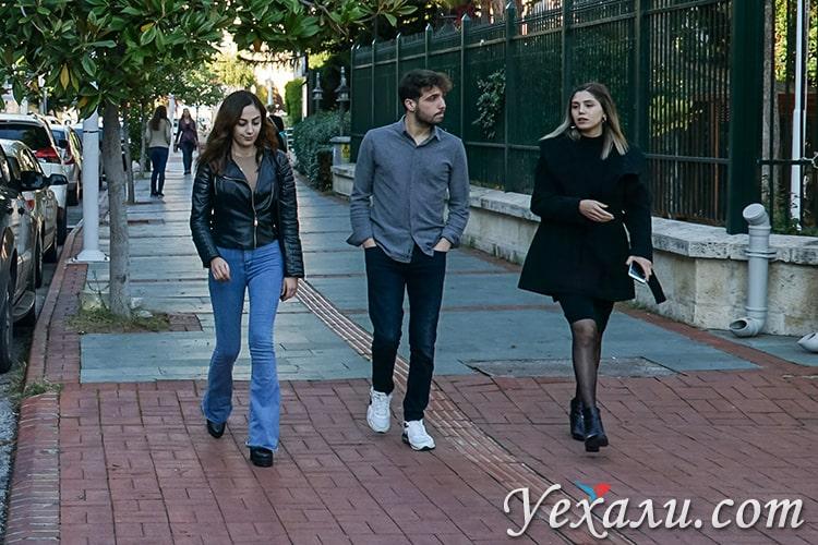 Турция в декабре, фото сделано на улицах Алании.