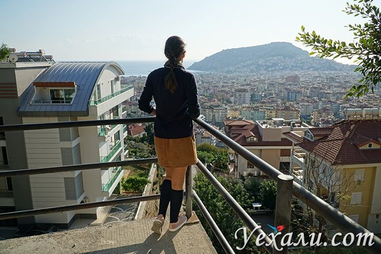 Панорамное фото турецкой Алании.